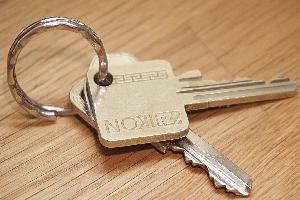 keys-1281663_1920-upraveny02